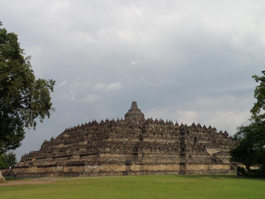 เที่ยวบุโรพุทโธ เมืองยอกยาการ์ต้า อินโดนีเซีย
